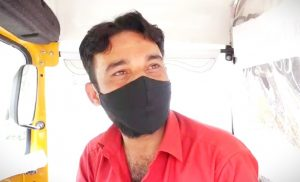 Police commits indecency with driver Javed, who is doing social service by driving an auto-ambulance in Chhola area